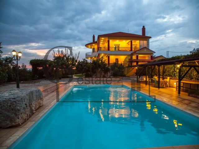 Luxury house with swimming pool | ID: 403 | Greco Paradise