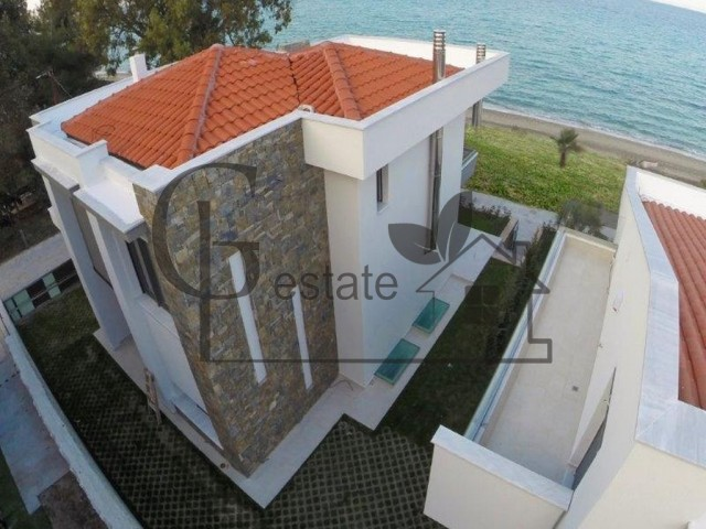 Villa on the first line in Kassandra | ID: 475 | Greco Paradise
